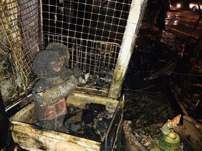 Un incendie criminel détruit une maison de Phuket