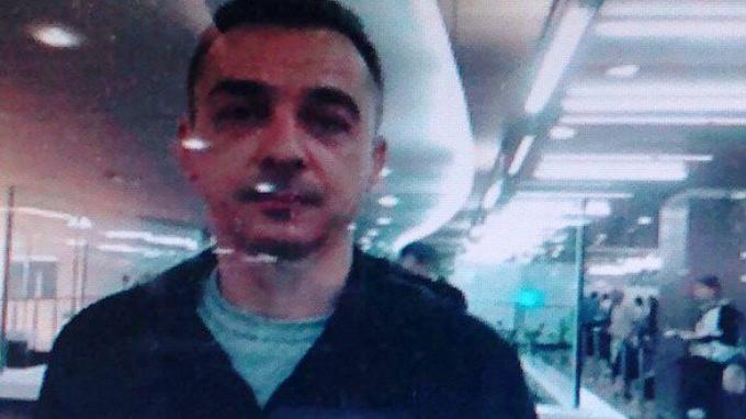 La police de Phuket dans l'attente alors que le suspect grec d'un meurtre est toujours en cavale