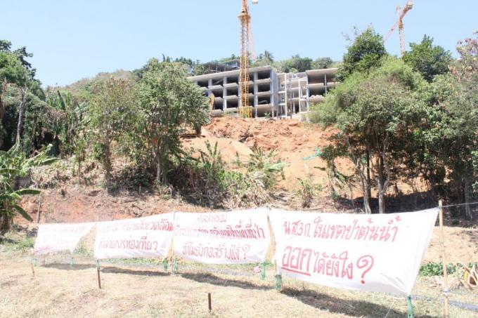 La construction d'un condo de luxe à Kata Noi 'ralentie'