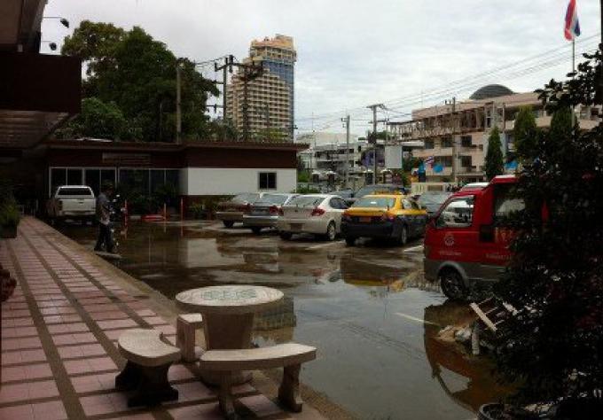 La police de Patong en état d'alerte pour les inondations soudaines