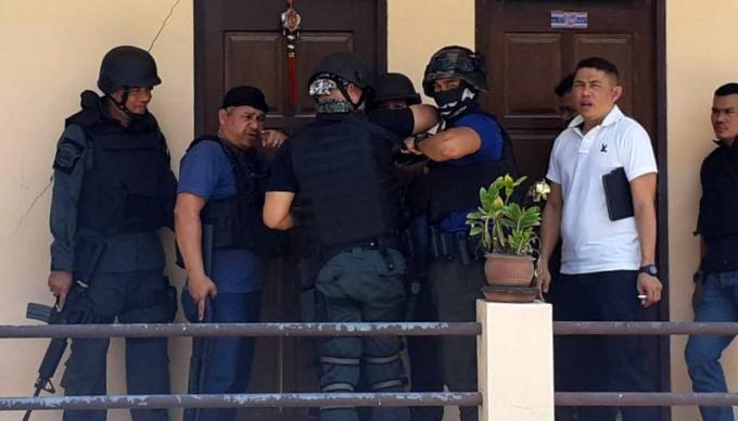 La police sur les traces du tireur du spa