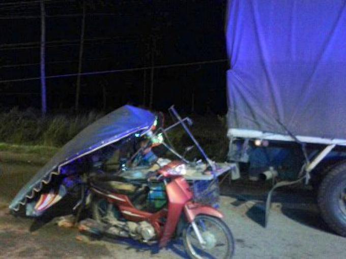 Un homme de 64 ans décédé quand il est entré en collision avec un camion garé