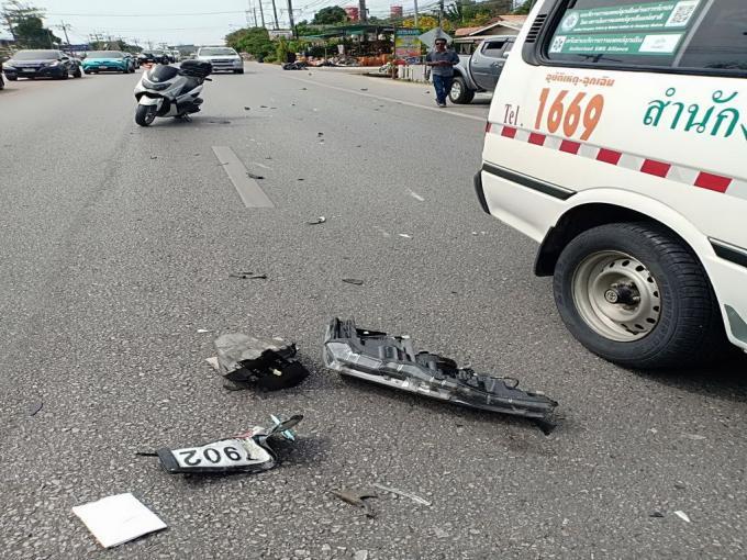 Un mort et un blessé percutés en scooter par une voiture