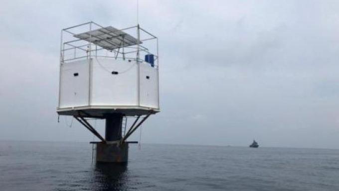 La marine prend des mesures contre le 'seastead' au large de Phuket