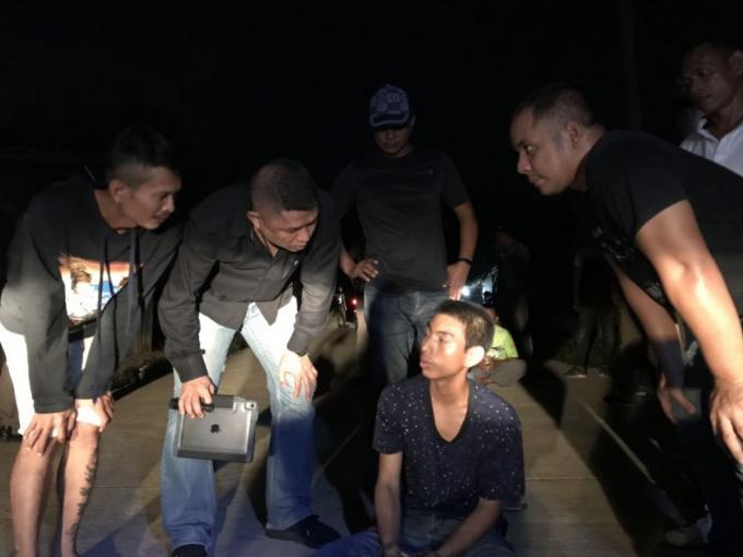 Un birman poignardé à Thalang