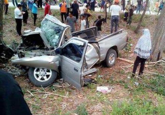 Des étudiants meurent dans un véhicule de ramassage scolaire