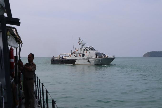 Le seastead de Phuket en cours de démantèlement par la Marine