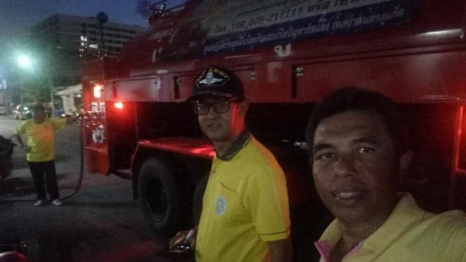 Phuket Town distribue de l'eau d'urgence
