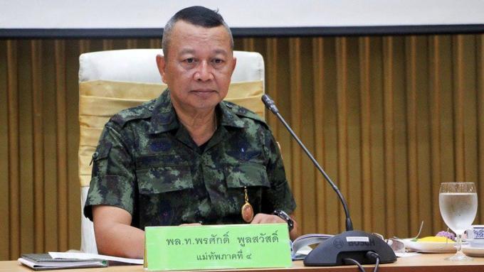 L'armée fait marche arrière dans son rôle sur la gestion des plages et des transports publics d