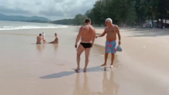 Alerte aux méduses sur les plages de Bang Tao et Layan