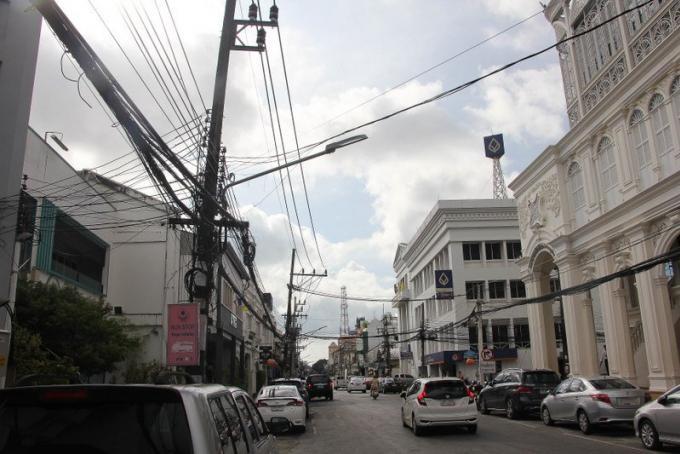 L'enfouissement des câbles de Phuket Town terminé plus tôt que prévu