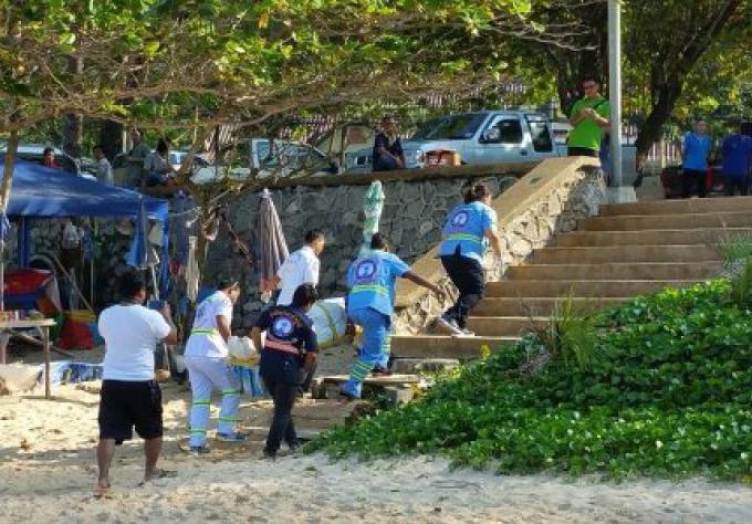 Un homme de nationalité suisse à Nai Harn Beach se noie, quatrième victime de Phuket en quatre jo