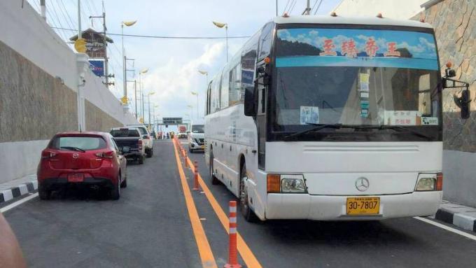 Consultation : Installez une séparation 'solide' entre les voies du tunnel de Chalong