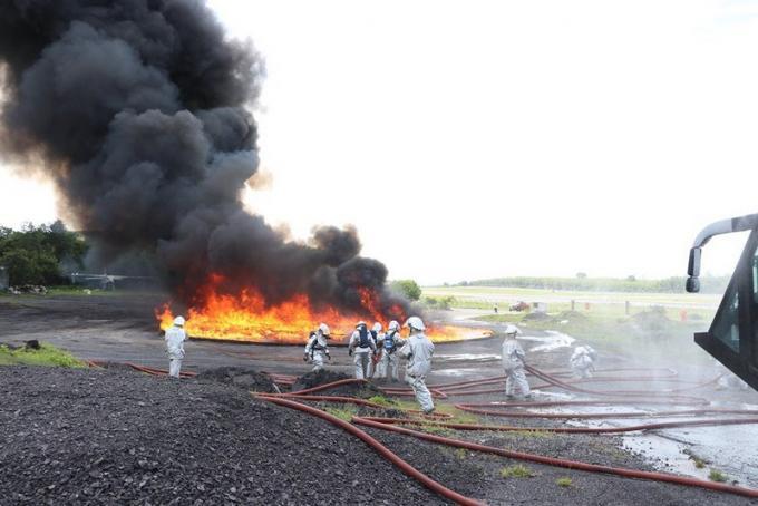 Exercices incendie à l'aéroport de Phuket