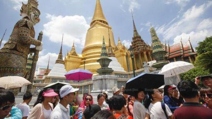 Prayut ordonne la 'mise dans le droit chemin' des hôtels illégaux