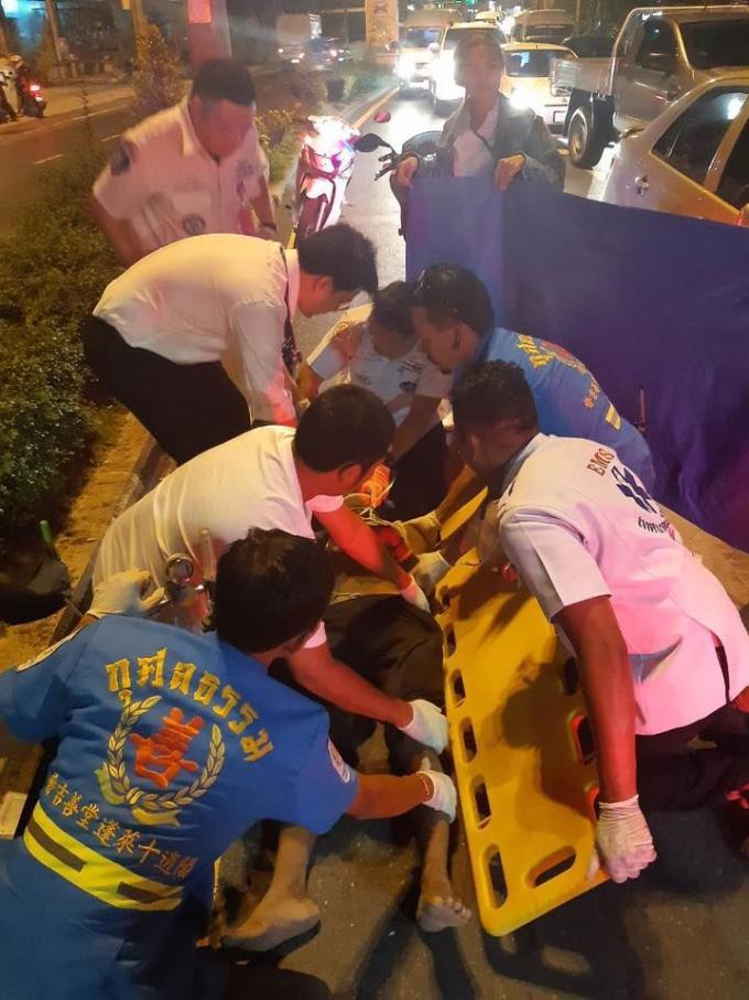 Un piéton renversé par une voiture grièvement blessé à Kathu – Vidéo