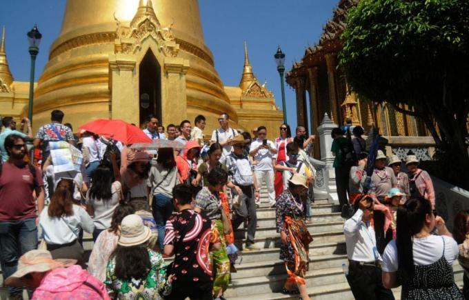 Un baht fort responsable de la baisse du nombre de touristes