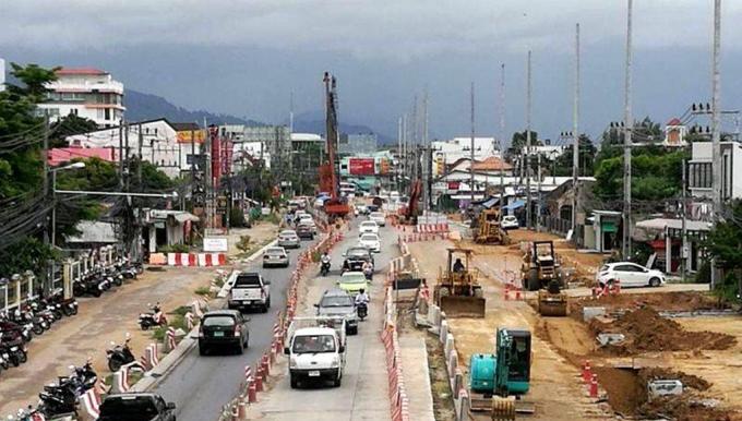 Le premier ministre à Phuket pour l'inauguration du tunnel de Chalong