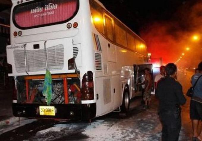 Un bus de Phuket a pris feu, pas de blessés