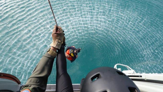 Un exercice de sauvetage air mer à l'aéroport recrée les conditions d'un vrai crash