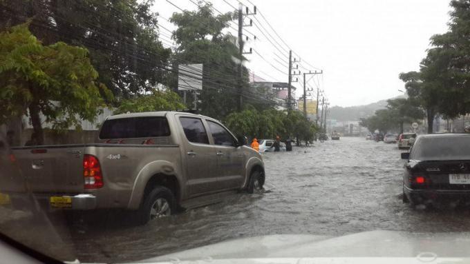 Phuket doit se préparer à plus de pluies et se méfier des inondations et des glissements de terra
