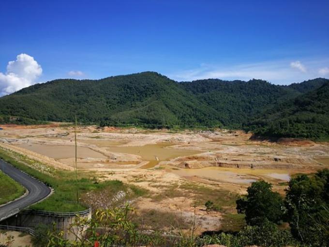 Le patron de l'eau à Phuket déclare qu'il y aura assez d'eau