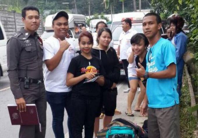 5 touristes malaysiens sont sortis indemnes de l'accident du van les conduisant à l'aéroport