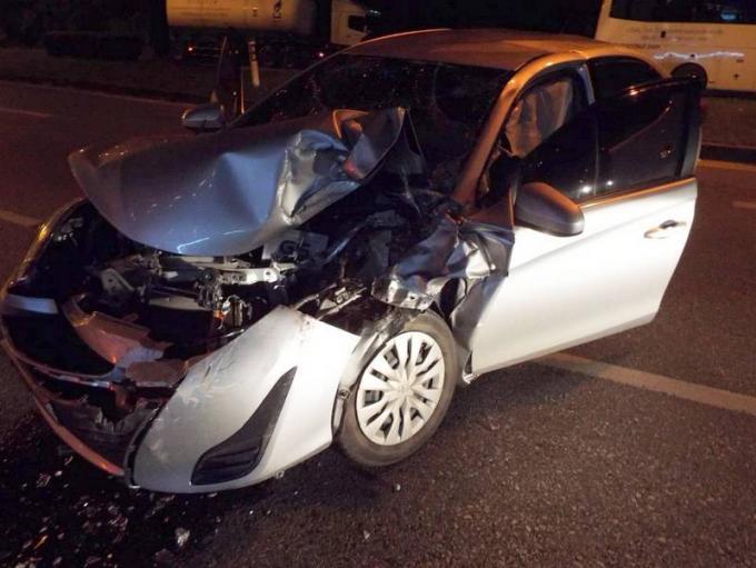 Un indien blessé dans une collision avec un car