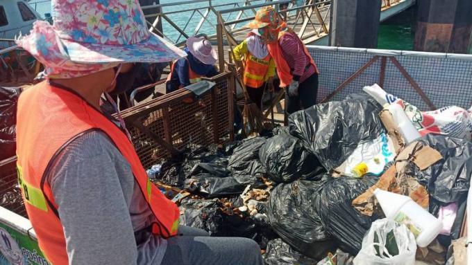 Opinion : Oublier de sortir les poubelles