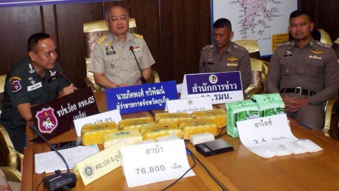 Saisie de 2,4kg de crystal meth et de 76.000 cachets de meth dans un condo de Phuket