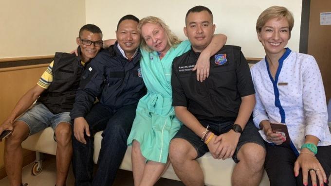 La russo suisse secourue à Patong Beach est sortie du coma