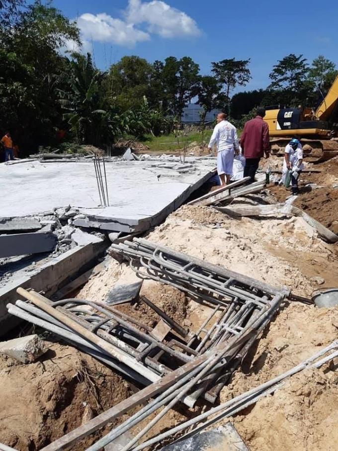 Effondrement d'un site de construction : 7 morts et au moins deux blessés