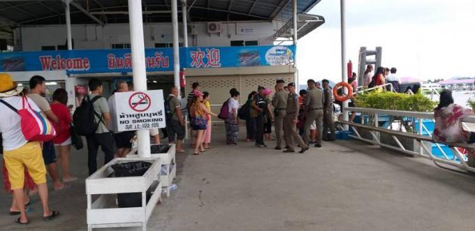Le DSI chasse les prêtes nom des compagnies de tourisme maritime de Phuket