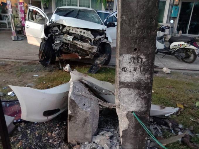 Une femme meurt éjectée de son véhicule dans un terrible accident sur la bypass road