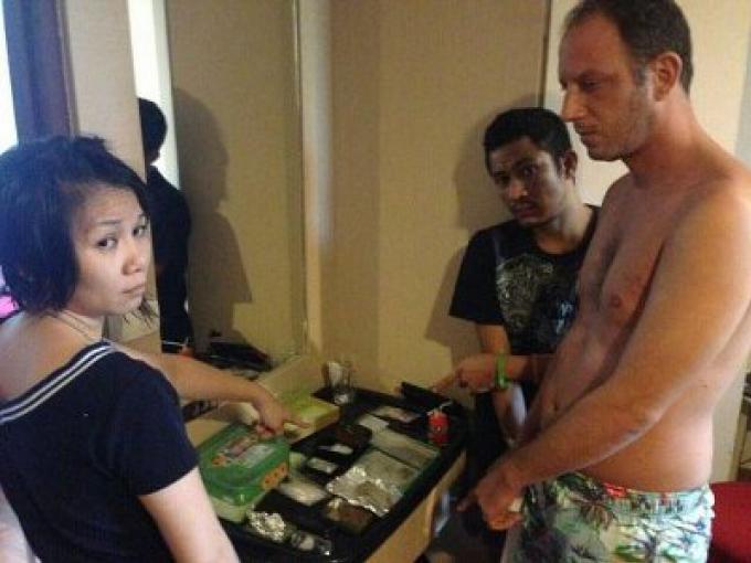 Un Français parmi les 10 arrestations pour drogue par la police de Kathu ce week-end