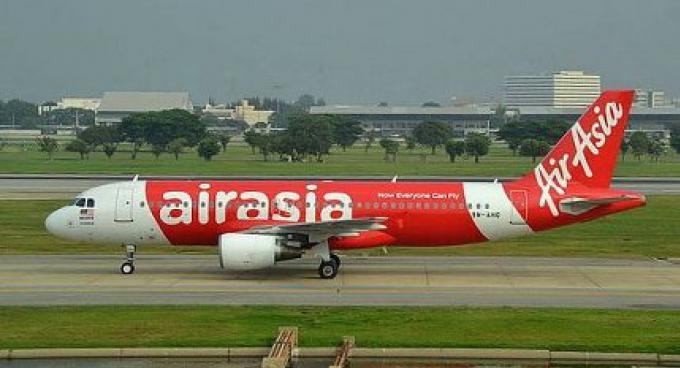 La brume force le vol AirAsia de se dévier sur Phuket