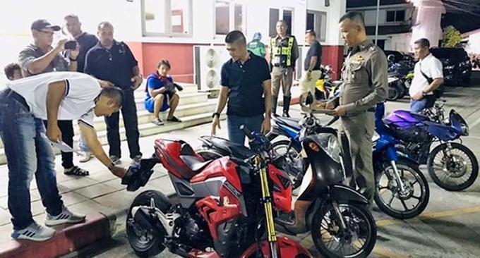 Deux voleurs de scooter arrêtés à Phuket