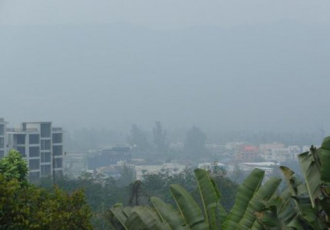 L'Indonésie a ordonné à 4 sociétés liées à la brume de l'Asie du Sud de suspendre leur activi