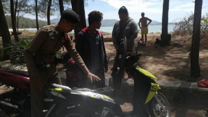 La Police de Cherng Talay arrête le voleur de Layan Beach