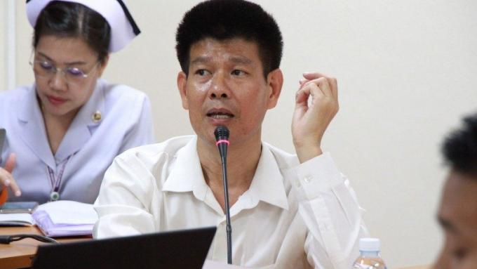 Le chef de la santé de Phuket donne de vagues explications sur le virus