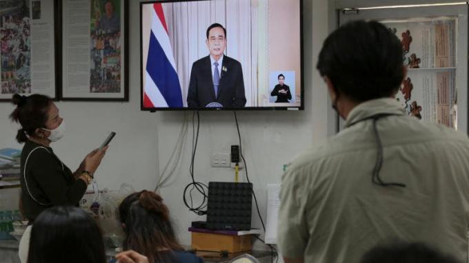 L'État d'Urgence interdit aux étrangers d'entrer sur le territoire