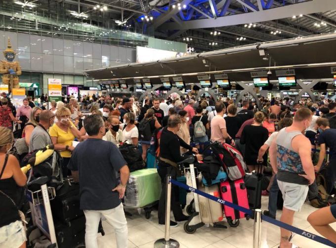Neuf compagnies aériennes thaïes cessent leurs services pendant la crise du Covid-19