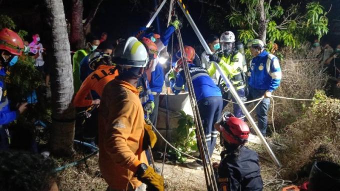 Une femme retrouvée morte dans un puit