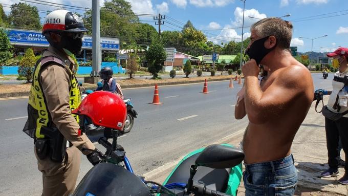 Blocage de Patong : Pas de masque, pas d'entrée