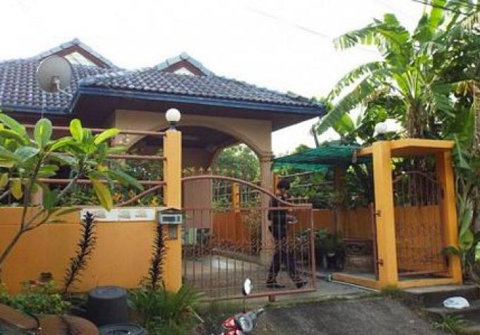 Un expatrié polonais retrouvé pendu dans le jardin de sa maison louée à Phuket