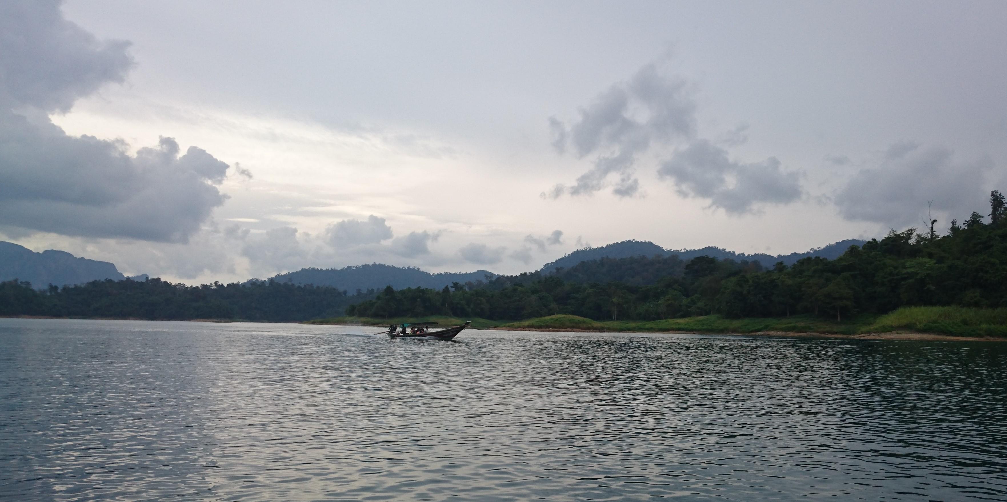 La fabuleuse histoire du lac magique